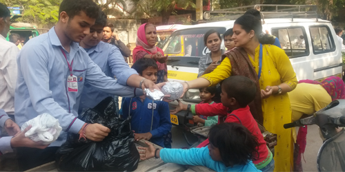 SNPS, Nirankari Colony organized Donation Drive